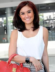Agnes Monica Hang Out di Los Angeles