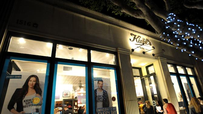 A general view of atmosphere at Kiehl's Earth Day Celebration with Zachary Quinto and Alanis Morissette at Kiehl's on Wednesday, April  17, 2013, in Santa Monica, Calif. (Photo by John Shearer/Invision for Kiehl's/AP Images)