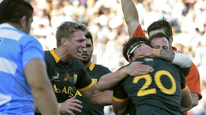 Rugby Union - Lucky Springboks edge Pumas in Salta thriller