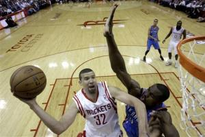 Thunder take 3-0 series lead with 104-101 win