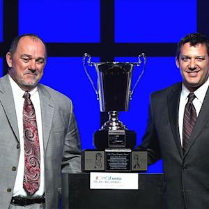 Stewart accepts 2013 NMPA Myers Brothers award