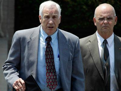 Sandusky jury begins deliberating sex abuse case