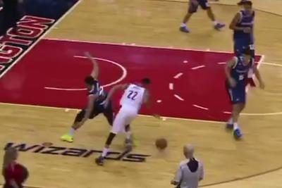Otto Porter Jr. made the coolest play of NBA preseason by accident
