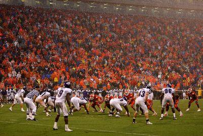 Notre Dame-Clemson expected to start as scheduled despite Hurricane Joaquin