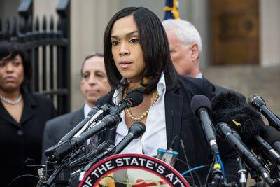 Read all the charges against the police officers involved in Freddie Gray's death