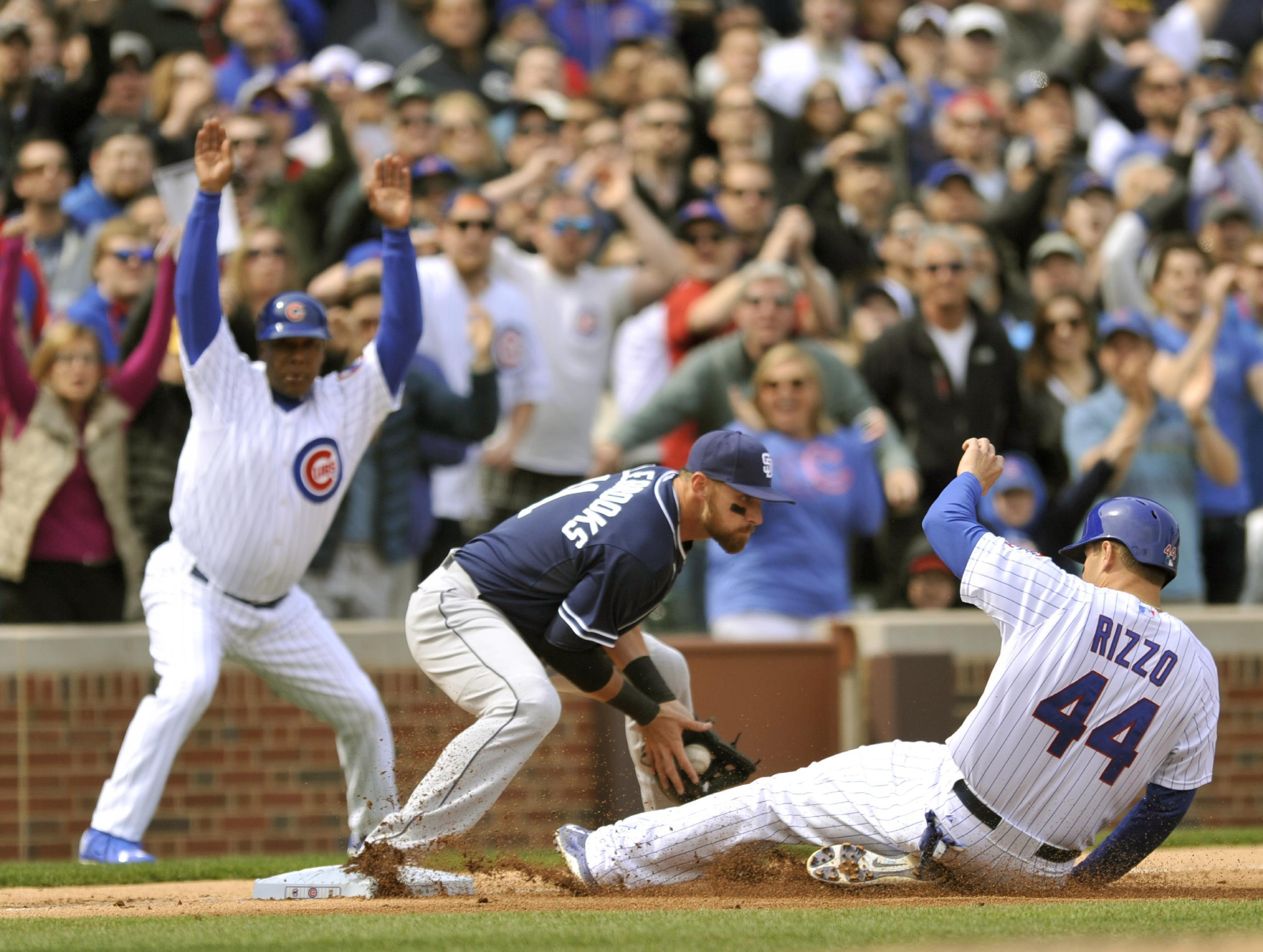 Bryant pleased to rebound from 1st error with Cubs win