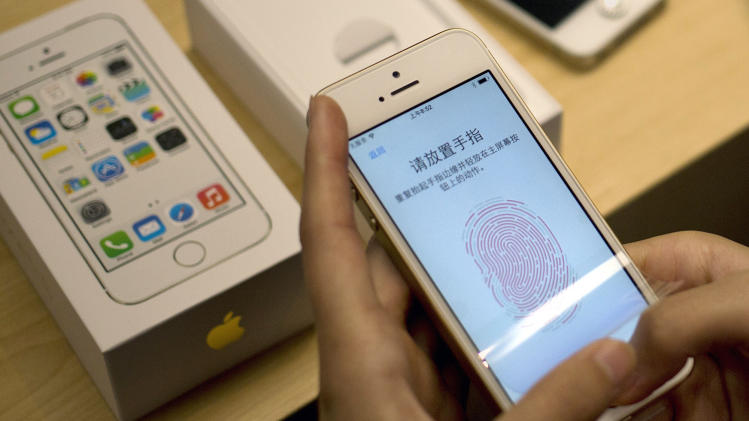 German group claims iPhone fingerprint hack