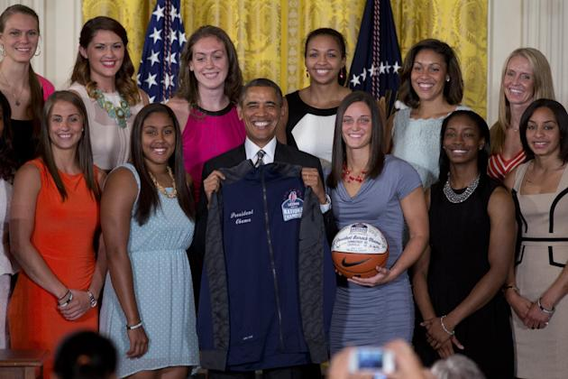 Obama Connecticut Basketball