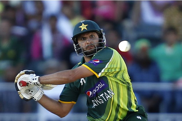 Pakistan's Shahid Afridi plays a shot during their third ODI cricket match against South Africa in Johannesburg