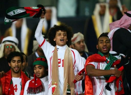 Emarati Omar Abdelrahman (C), who was awarded best player of the 21st Gulf Cup, celebrates near teammates after his team won the Cup's final on January 18, 2013 in Manama. United Arab Emirates won 2-1