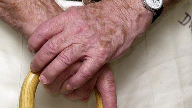 Link between feelings of loneliness and dementia?