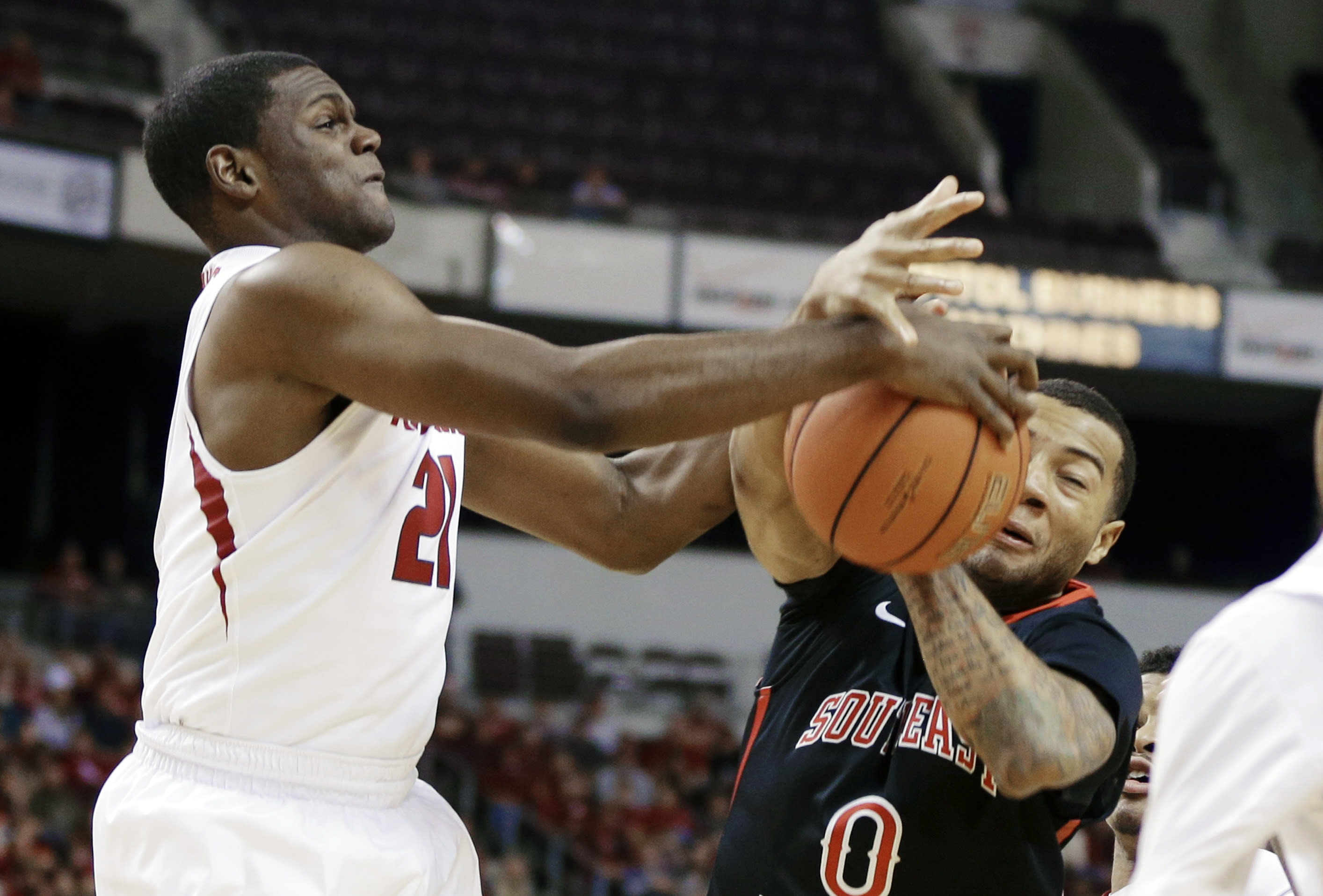 Portis' 24 leads Arkansas past SE Missouri 84-67