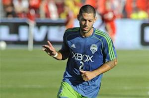 Houston Dynamo 3-1 Seattle Sounders FC: Barnes hits twice in Dempsey's return to Texas