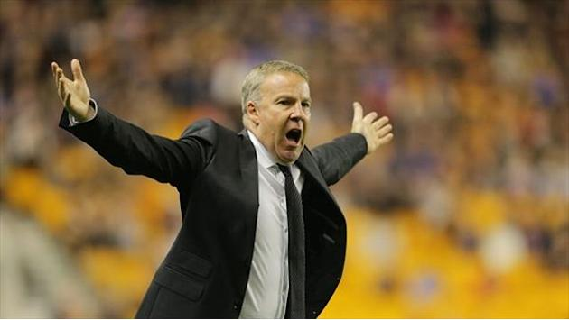 Football - Jackett hails Wolves' achievement