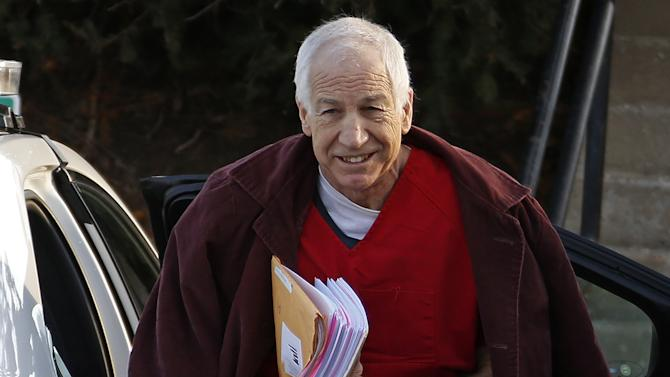 Report: Politics had no role in Sandusky probe