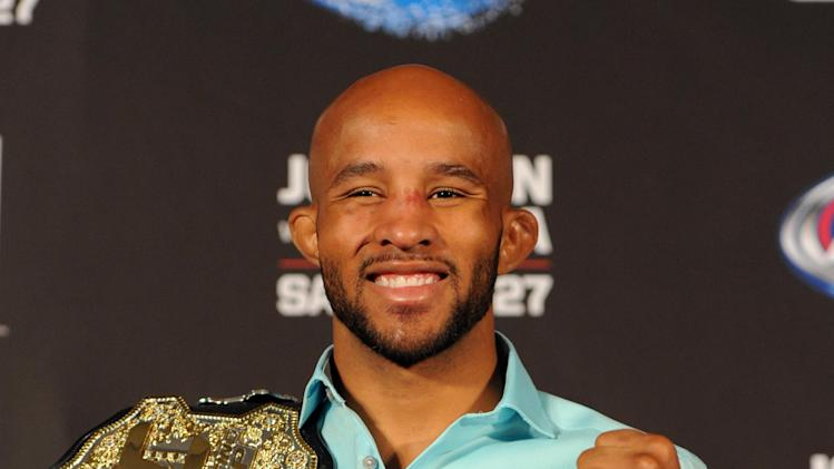 MMA: UFC on FOX 8-Johnson-Moraga