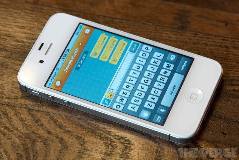Samsung's messaging app ChatOn is closing for good in 2015