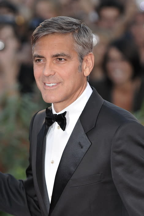 George Clooney and Stacy Keibler Hit 'Argo' Premiere - Looking at His Past Loves