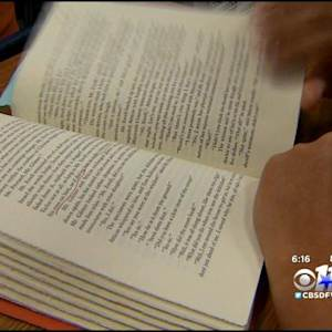 Highland Park High School Reverses Book Suspension
