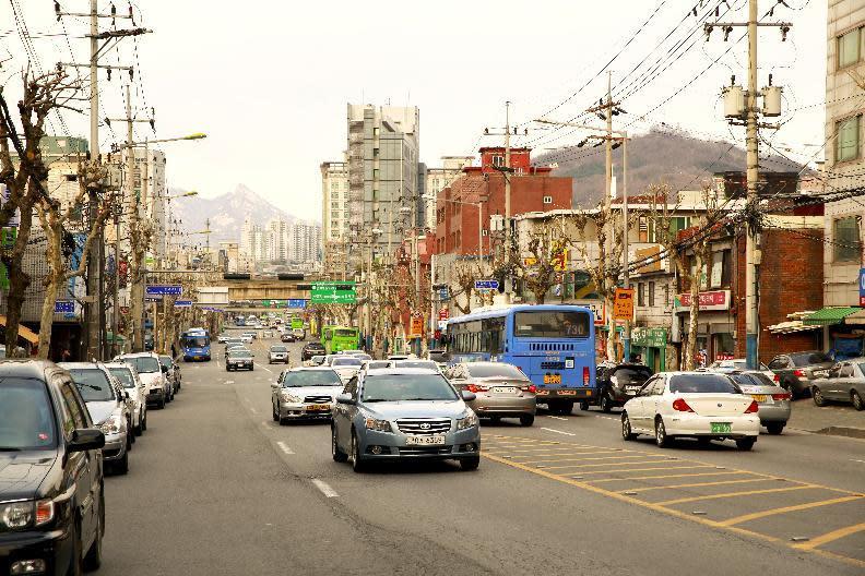 New taxi app challenges Uber in S.Korea