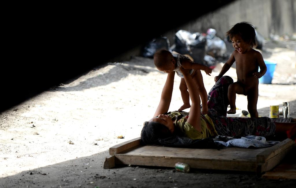 Extreme poverty to fall below 10 percent: World Bank