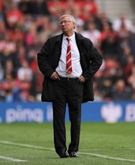 Sir Alex Ferguson has offered Liverpool his full support