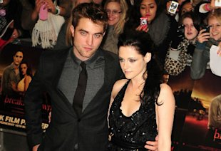 'Twilight' Stars Robert Pattinson And Kristen Stewart Set To Seal Reunion On 'Breaking Dawn - Part 2' Red Carpet?