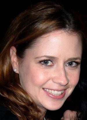 "Jenna Fischer plays the girl next door in ""The Office"" and a slightly deranged dental hygienist in her new movie, ""A Little Help."""