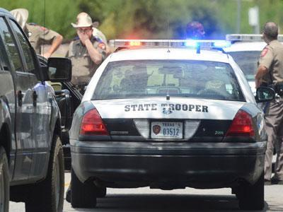Officer, gunman among 3 killed in Texas shooting