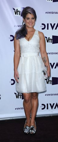 Dressed Like Divas! Miley Cyrus Goes Knickerless Whilst Demi Lovato Wows In Topshop Dress At VH1 Divas