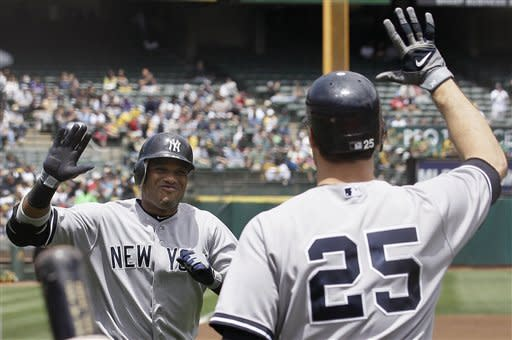 Teixeira delivers big hits again as Yankees win