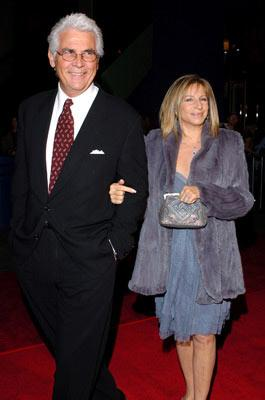 Premiere: James Brolin and Barbra Streisand at the Los Angeles premiere of Universal Pictures' Meet the Fockers - 12/16/2004
