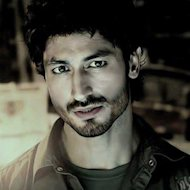 Impressed Director Extends Vidyut Jammwal's 'Bullett Raja' Role
