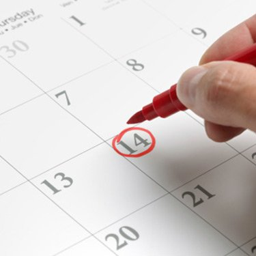 Date-circled-on-calendar_web