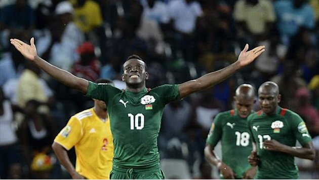 African Cup of Nations - Injured Traore returns to cheer on Burkina Faso in final
