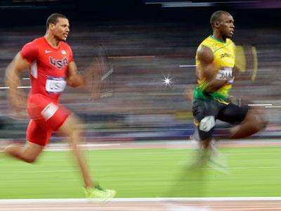 Bolt leads 4x100 relay to world record in London