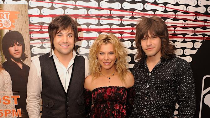 2012 MLB Fan Cave Concert Series: The Band Perry