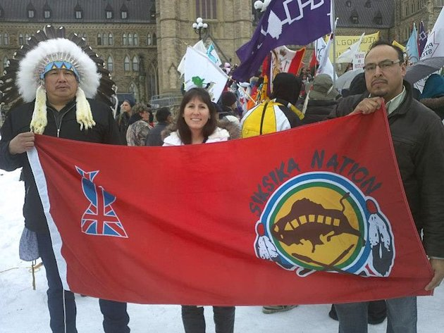 Protesta de Idle No More en Ottawa, la capital canadiense (Moxy - Wikimedia Commons)