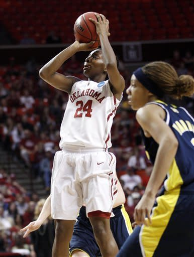 Oklahoma women roll past Michigan 88-67