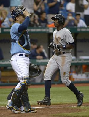Granderson hits key sac fly, Yankees beat Rays