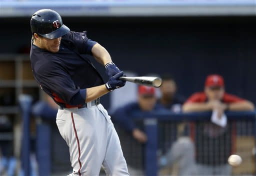 Longoria has pair of RBI doubles in Rays' loss