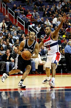 Spurs beat winless Wizards 118-92