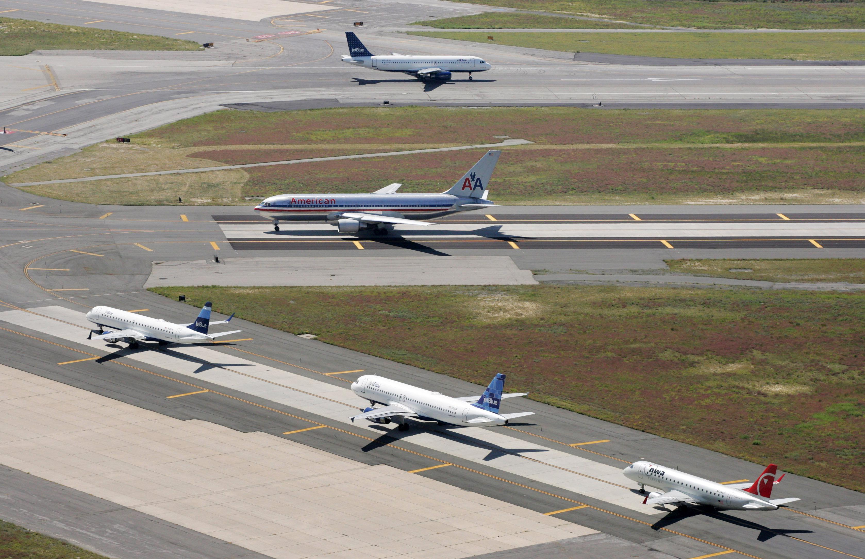 Stuck waiting: ground delays at US airports on the rise