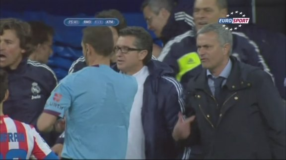 Reactions in Madrid after Mourinho departure