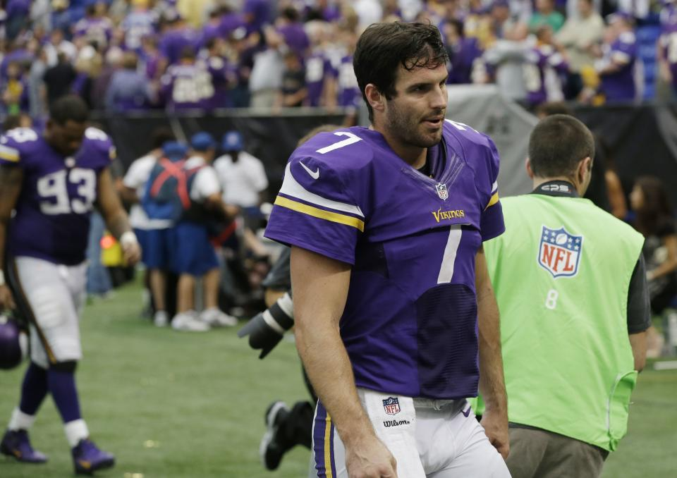 Rib injury puts Ponder in doubt against Steelers