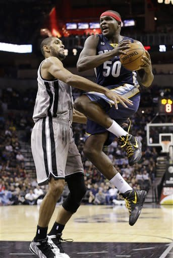'Disappointed' Spurs shrug off fine, beat Memphis