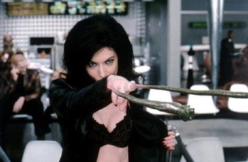 Lara Flynn Boyle in Columbia Pictures' Men in Black II