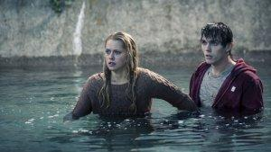 Box Office Report: 'Warm Bodies' No. 1 With $20 Mil; Sylvestor Stallone's 'Bullet to the Head' Bombs