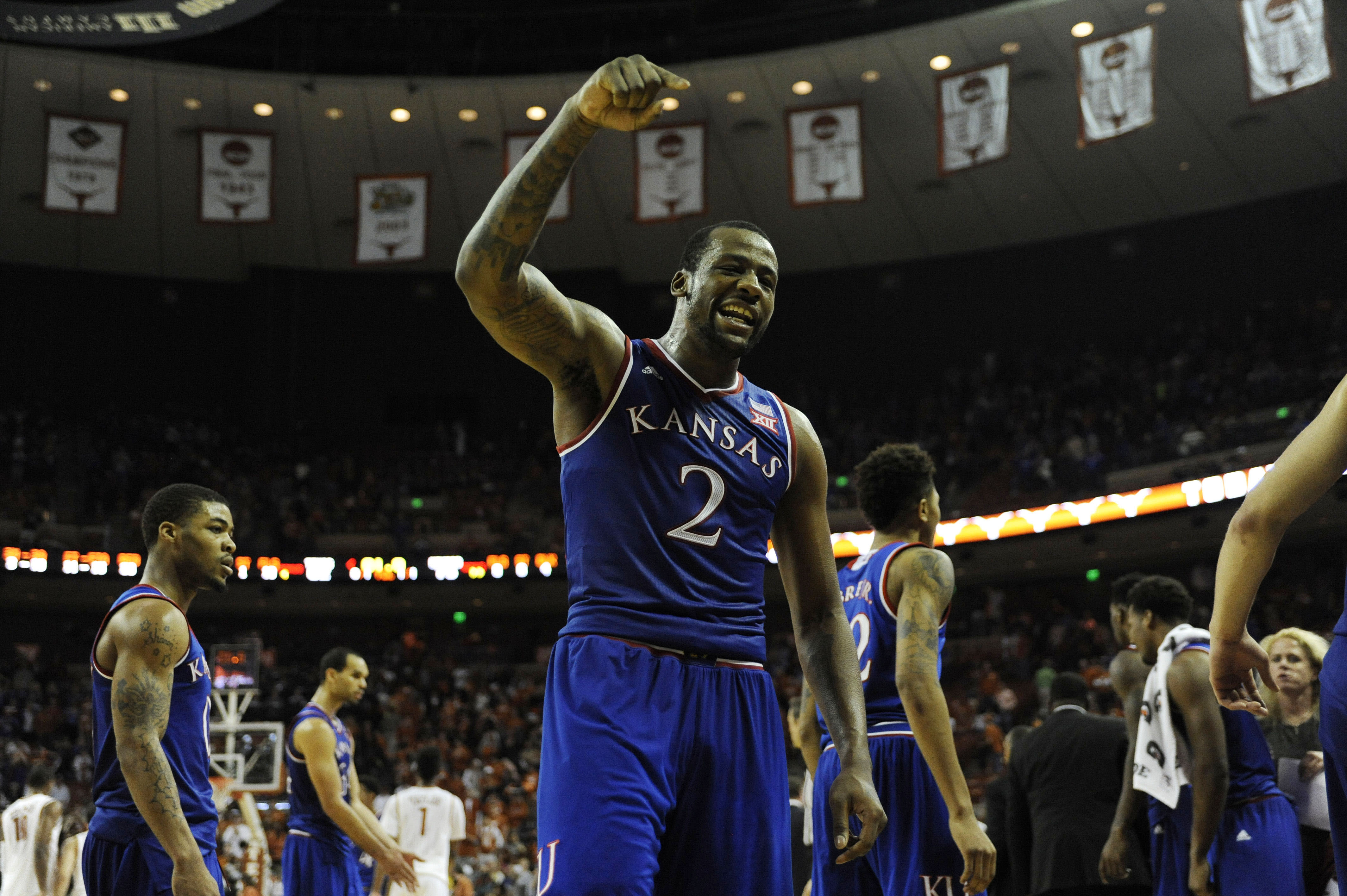 Kansas wins at Texas to tighten its grip on the Big 12