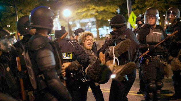 Police in Riot Gear Arrest 20 Occupy Atlanta Protesters (ABC News)